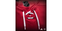 Chandail Officiel LNH ADIDAS ADIZERO: Hurricanes de la Caroline (Local)