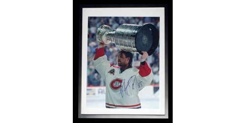 Patrick Roy signed 12x15 game picture in frame 15x19