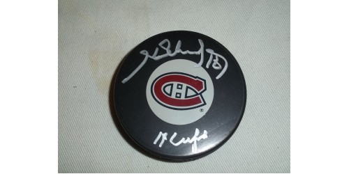 Henri Richard signed puck (SFC10064)