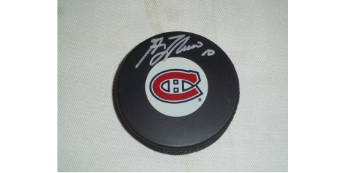 Guy Lafleur signed puck (SFC10070)