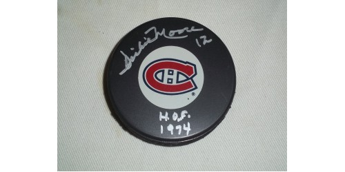 Dickie Moore signed puck (SFC10076)