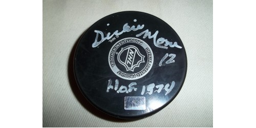 Dickie Moore signed puck (SFC10122)